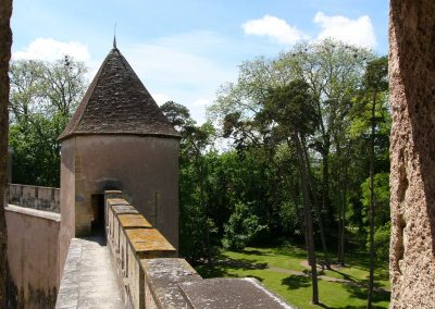Le château fort - chemin de ronde exterieur