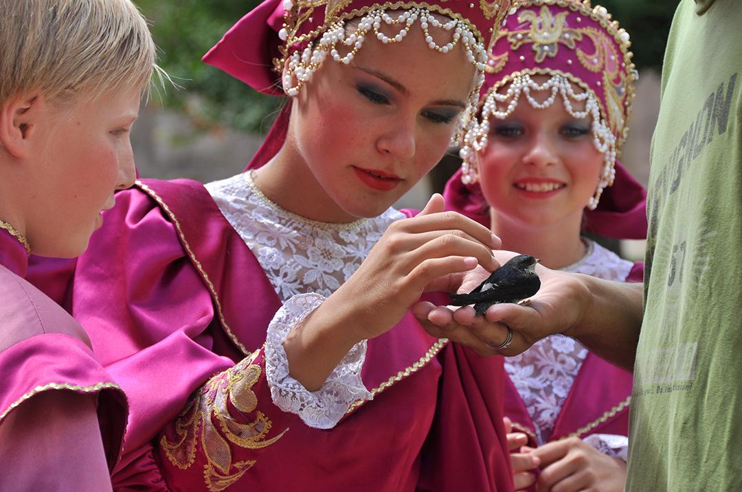 danseurs russes à Ainay-le-Vieil