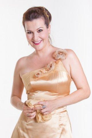 Adrienn Miksch - soprano