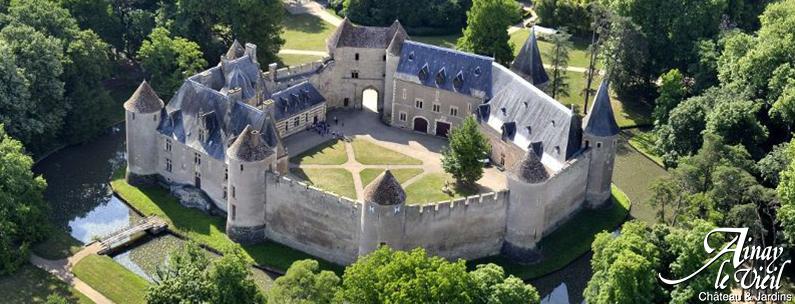 Crime au Château d'Ainay le Vieil