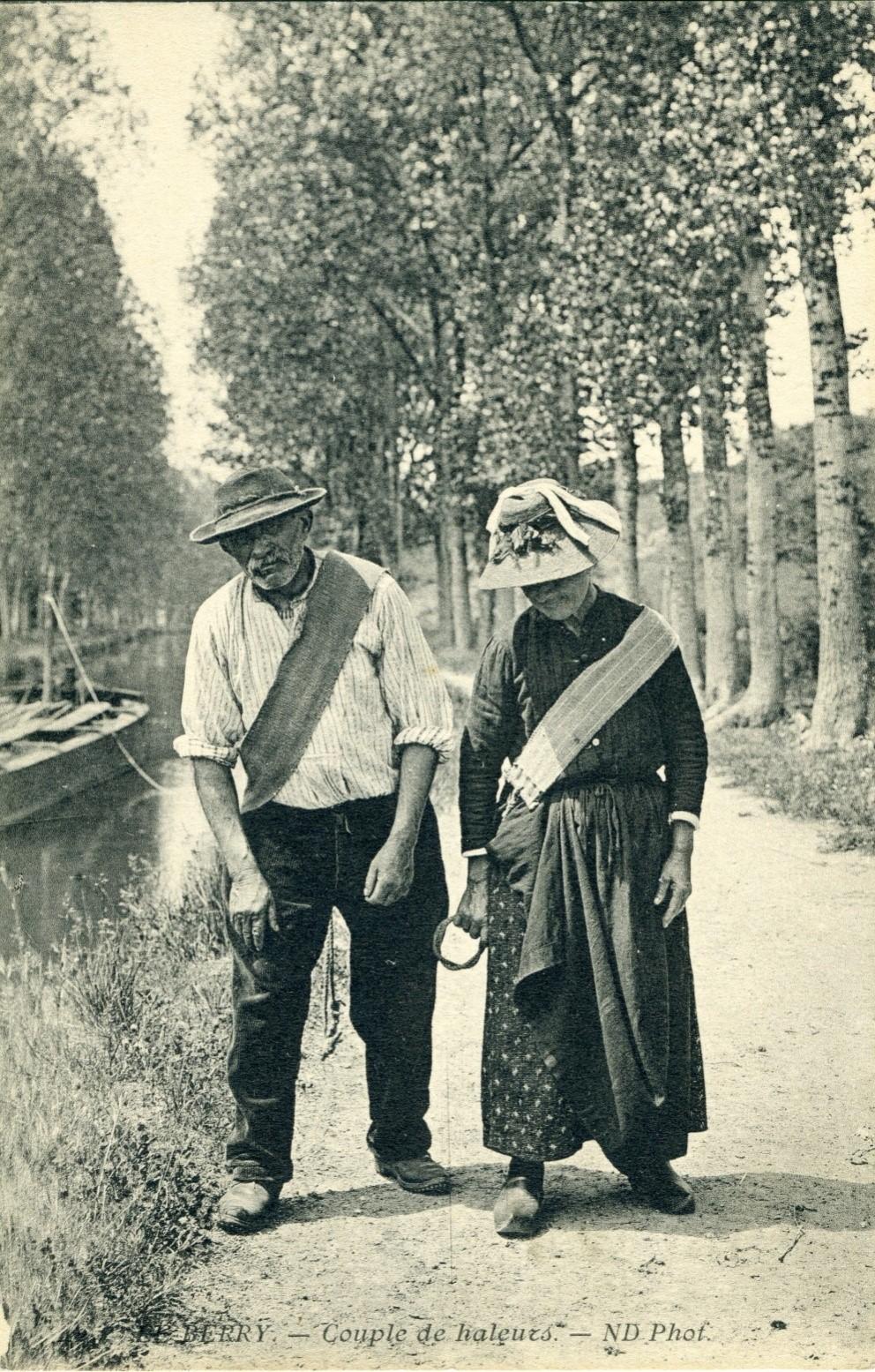 Canal du Berry - Couple de haleurs